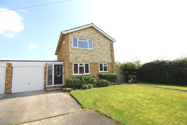 3 bed detached house to rent in Lambourne Road, Sonning Common, Reading RG4