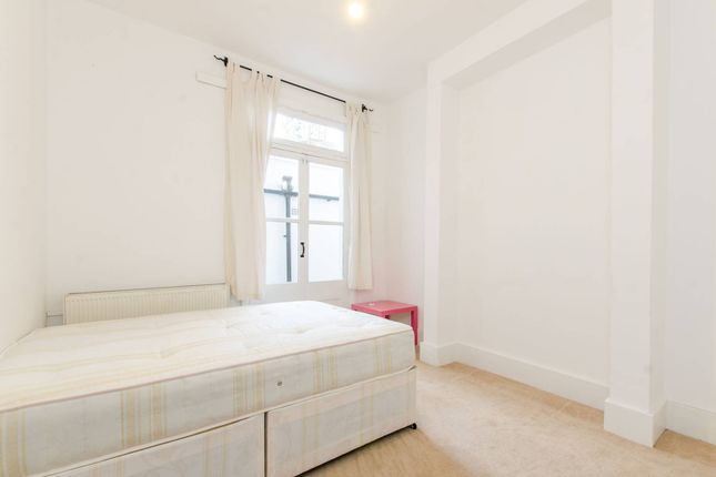 Thumbnail Property to rent in Rattray Road, Brixton