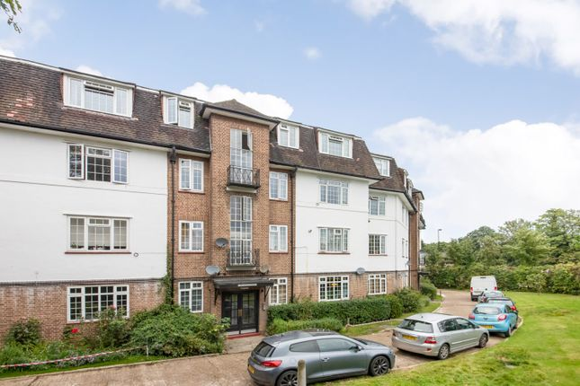 2 bed flat for sale in Vale Lodge, Forest Hill, London SE23