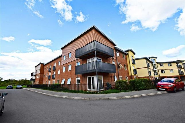 Thumbnail Flat for sale in Longhorn Avenue, Gloucester