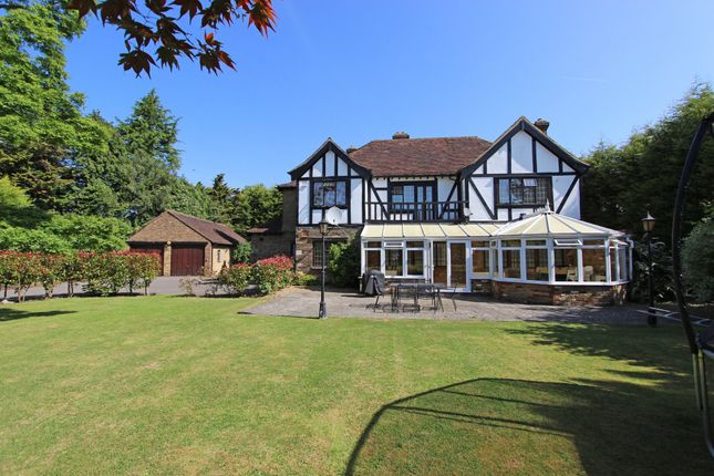 Thumbnail Detached house to rent in Babylon Lane, Lower Kingswood, Tadworth