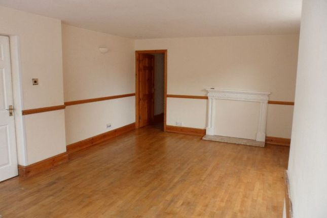 Thumbnail Flat to rent in Wellington Court, Grimsby