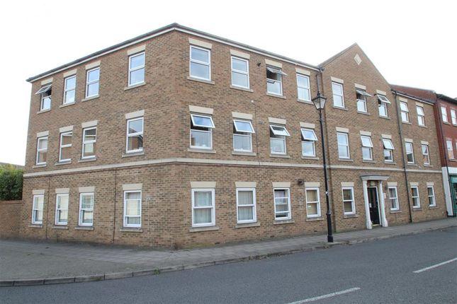 Thumbnail Flat to rent in Kingsgate, Aylesbury