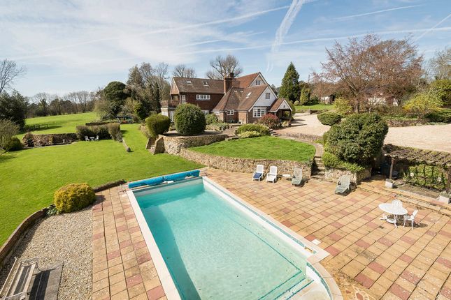 Thumbnail Farmhouse for sale in Nutley, Uckfield
