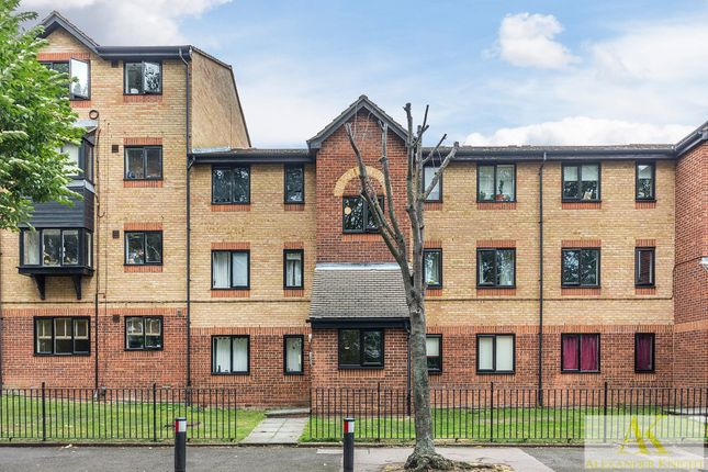Thumbnail Flat for sale in Viking Place, Seymour Road, London