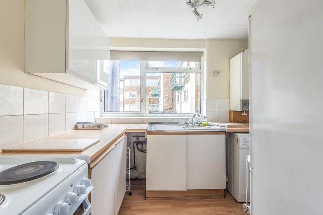 Kitchen of Prospect Street, Reading RG1