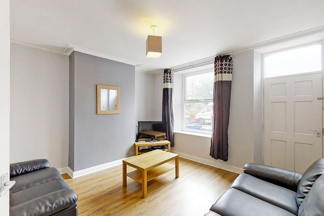 Thumbnail Shared accommodation to rent in City Road, Sheffield