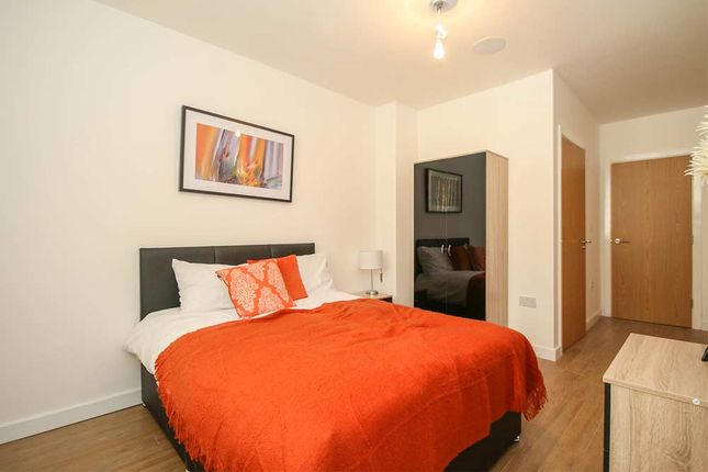 Thumbnail Flat for sale in Bridge Road, Leeds