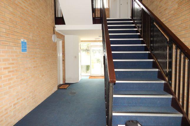 Flat to rent in Dehavilland Road, Edgware