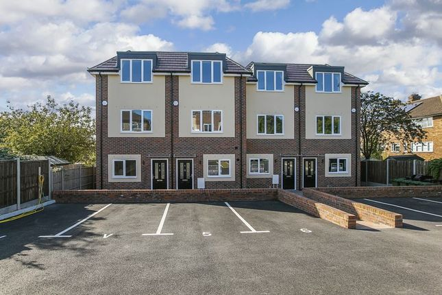Thumbnail Semi-detached house for sale in Chailey Close, Sidcup
