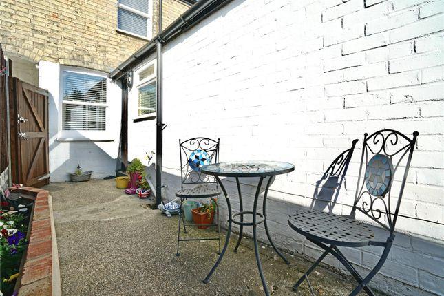 Picture No. 13 of Montagu Road, Huntingdon, Cambridgeshire PE29