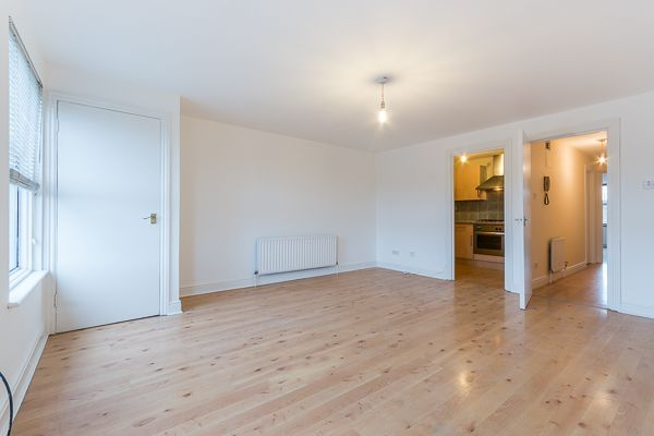 Thumbnail Flat to rent in High Street, West Norwood