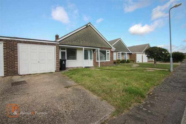 Thumbnail Bungalow to rent in Tyndale Drive, Clacton-On-Sea, Essex