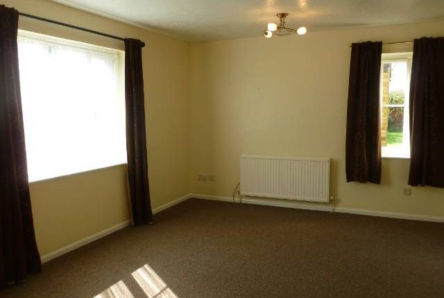 Lounge of Jasmin Close, Northwood HA6