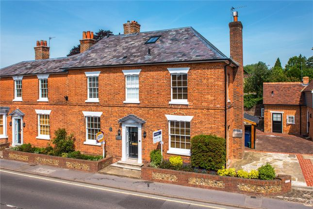 Thumbnail Flat for sale in West Street, Farnham, Surrey