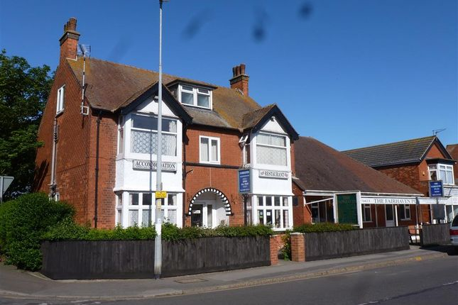 Thumbnail Detached house for sale in Victoria Road, Mablethorpe