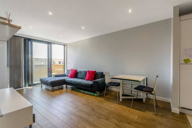 Thumbnail Flat to rent in Graciosa Court, Tower Hamlets