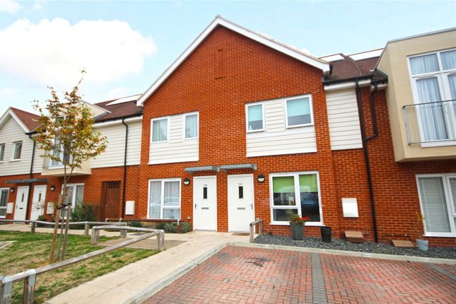 Thumbnail Terraced house for sale in Rowtown, Surrey