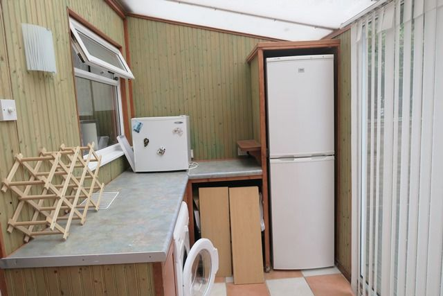 Sun Room/Utility of Rosewood Gardens, Marchwood SO40