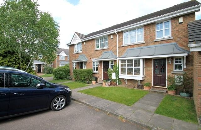 2 bed property to rent in Sunlight Close, Wimbledon SW19