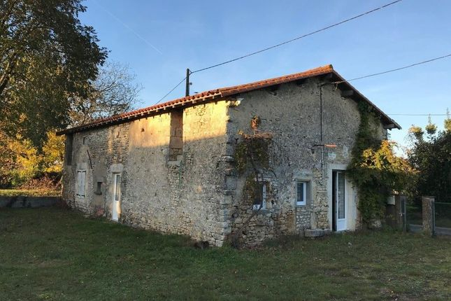 Thumbnail Property for sale in Civray, Poitou-Charentes, 86400, France