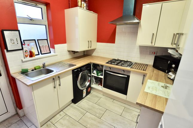 Thumbnail Property to rent in Seaview Terrace, Swansea
