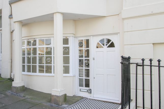 2 bed flat for sale in Paston Place, Brighton