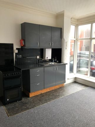 Thumbnail Flat to rent in 55 Northfield Avenue, Blackpool