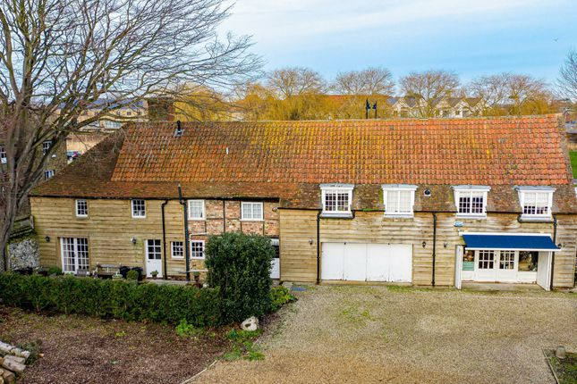 Thumbnail Cottage to rent in Knightrider Street, Sandwich