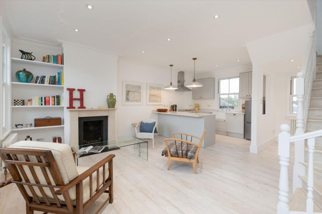 Thumbnail Flat to rent in Crown Road, Twickenham