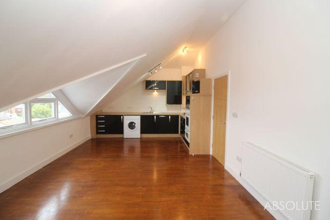 1 bed flat to rent in Winner Street, Paignton, Devon TQ3