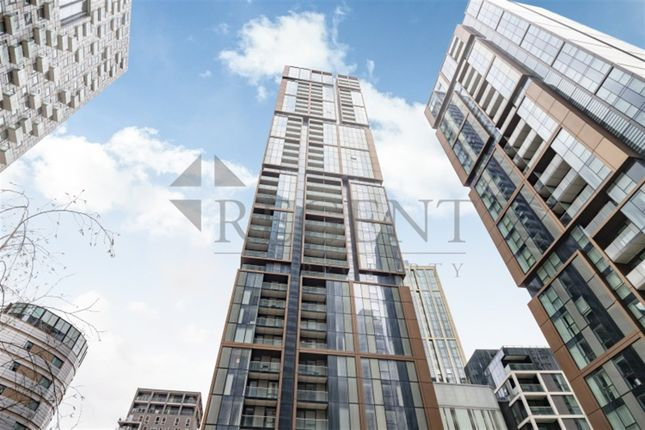 2 bed flat to rent in Maine Tower, Harbour Way E14