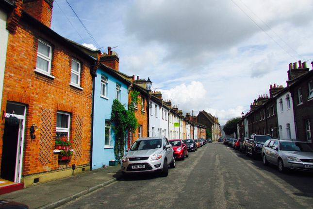 Thumbnail Terraced house for sale in Goodhall Street, Ealing