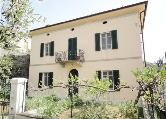 2 bed property for sale in Lucca, Tuscany, Italy