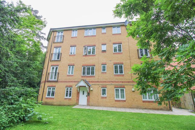 1 bed flat to rent in Bromley Close, East Road, Harlow CM20