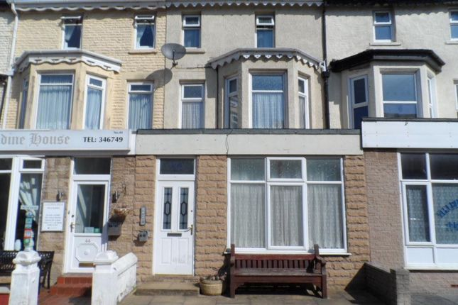 Thumbnail Flat to rent in St. Chads Road, Blackpool