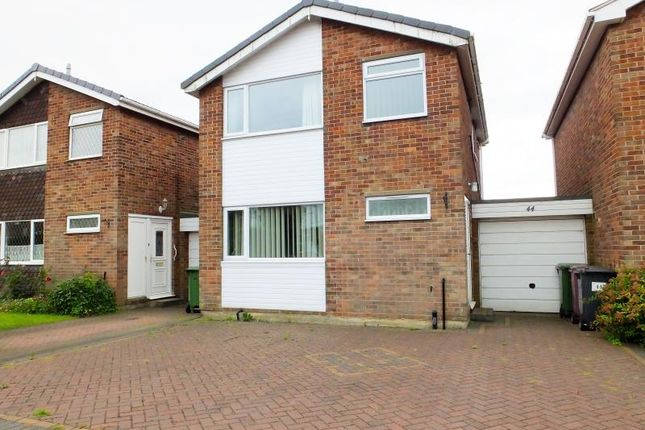 Thumbnail Detached house for sale in Hilltop Road, Dronfield, Derbyshire