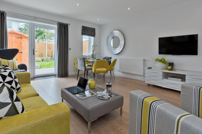 Thumbnail Town house for sale in Billet Road, Walthamstow