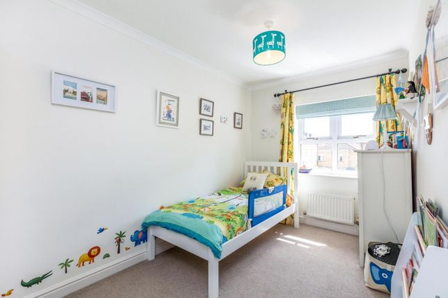 Bedroom of Lattimer Place, Chiswick W4