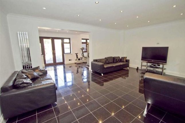 Thumbnail Detached house to rent in Priory Close, Ruislip, Middlesex