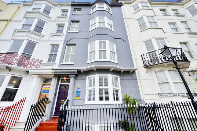 Thumbnail Hotel/guest house for sale in New Steine, Brighton