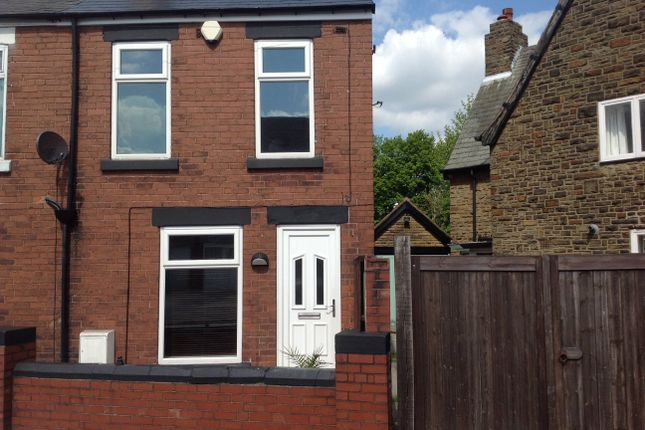 3 bedroom semi-detached house to rent in Newbold Back Lane, Chesterfield