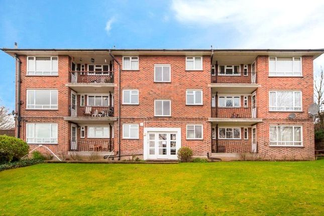 Thumbnail Flat to rent in Meadway Court, The Ridings, Ealing