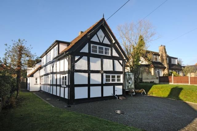 Thumbnail Cottage for sale in Shobdon, Herefordshire