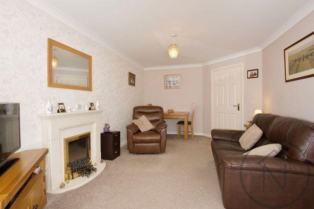 Thumbnail Flat for sale in Fairweather Court, Darlington