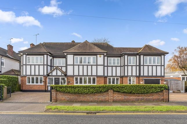 Thumbnail Detached house for sale in Friars Avenue, Shenfield, Brentwood, Essex