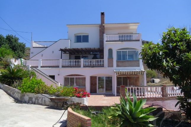 Thumbnail Country house for sale in El Morche, Axarquia, Andalusia, Spain