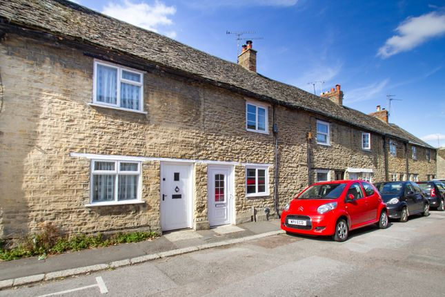 Thumbnail Terraced house to rent in Lowell Place, Witney
