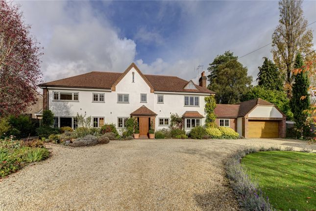 Thumbnail Detached house for sale in Broomfield Close, Great Missenden, Buckinghamshire