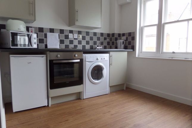 Studio to rent in Station Road West, Canterbury CT2